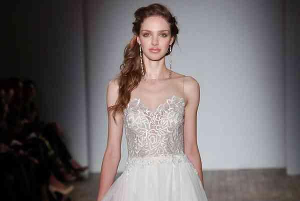 Dresses Jim Hjelm by Hayley Paige