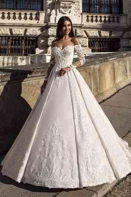 Dresses Oksana Mukha