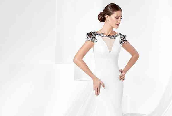 Dresses Manu Alvarez